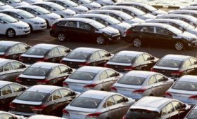 Retail growth hits 10-month low on weak car sales