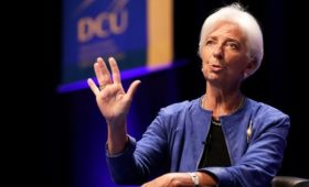 IMF'S Lagarde warns of 'messy' Brexit consequences