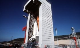 Black ops and the shuttle (part 3-1): Recovering spent HEXAGON reconnaissance satellites with the space shuttle
