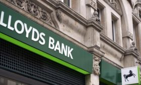 Lloyds Banking Group starts share buyback programme