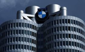BMW warns of significant profit fall in 2019