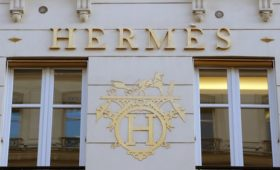 Hermes sees no changes to sales trend as profits rise