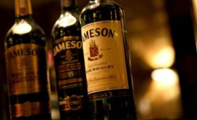 Pernod sees profit growth at top end of guidance