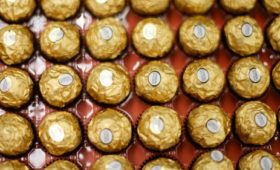 Kellogg agrees $1.3 billion biscuit deal with Ferrero