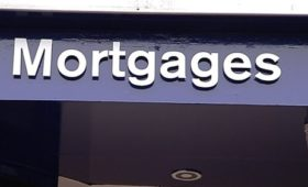 Increase in value and volume of mortgages drawn down