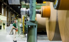 Euro zone factory activity contracts faster in March