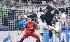 Juventus shares plunge on Champions League elimination