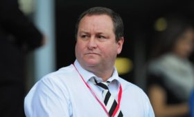 Mike Ashley accuses Debenhams' managers of 'falsehoods'