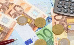 Euro zone inflation slowdown confirmed for March