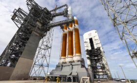 ULA's Delta 4-Heavy rocket still grounded by launch pad problem