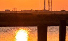Photos: Sun rises on Antares rocket at Wallops Island