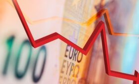 Euro zone GDP falls less than expected at end of 2020