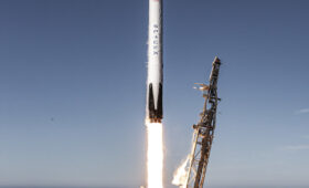 ULA, SpaceX split military launch contract awards