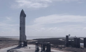 SpaceX delays Starship test flight