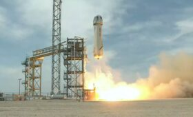Blue Origin practices crew operations on suborbital test flight