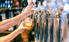 Pubs welcome reopening plan, restaurants 'baffled'