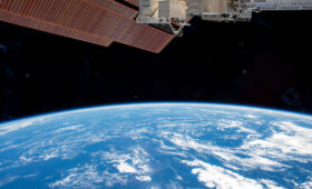 NASA, Axiom sign agreements moving ahead with first commercial station visit