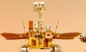China's Mars Rover, Seen From Orbit … and From the Surface!