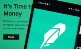Robinhood Gets USD 70M Penalty Due To 'Significant Harm' + More News