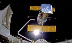 NASA Continues to Try and Rescue Failing Hubble