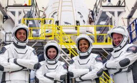 Crew completes spaceship fit check ahead of all-private mission to orbit