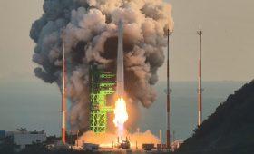 South Korean rocket fails to reach orbit on inaugural test flight